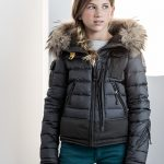 Parajumpers junior girls at Superkids and Co