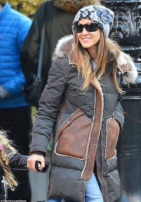 Sarah Jessica Parker & daughter in Parajumpers
